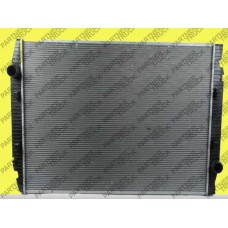 Радиатор двигателя Iveco Stralis AS без рамы